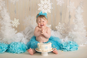 cake smash photographer - winter wonderland cake smash