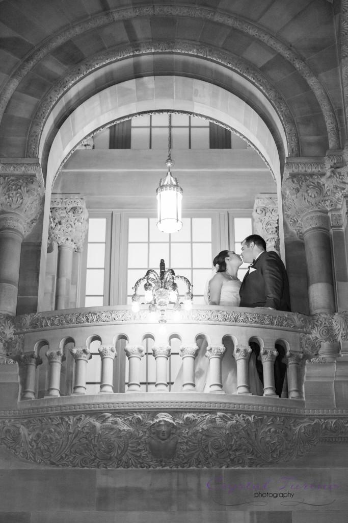 wedding photo at capitol building in albany ny