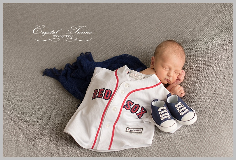 albany-ny-photographer-baby-in-red-sox-outift